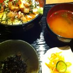 10610691 - 漁丼500円