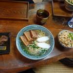 106101660 - 沖縄そば 大 胚芽麺¥830(19-04)