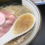 中華そば 四つ葉 - 鰹節に昆布、魚介のスープに背脂(西武池袋本店「全国味の逸品会」)