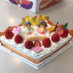 ローザンヌ - 菱形のひな祭りケーキ