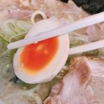 山岡家山形西田店 - 煮卵