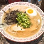 だるま大使 - 料理写真:だるまラーメン(とんこつ)