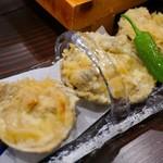 昭和街酒場 はちえん - 大アサリの天ぷら