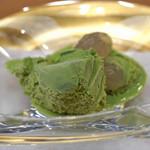 柚木元 - ピスタチオのアイスクリームとわらび餅