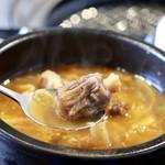 韓国料理・焼肉 きんちゃん - テールスープリフト