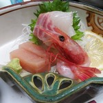 渓流温泉 冠荘 - 造り:真カジキ 甘海老 鯛