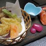 渓流温泉 冠荘 - 焼物:福井サーモン若狭焼き しそらっきょう