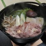 渓流温泉 冠荘 - 鍋物:牛しゃぶ鍋 胡麻ダレ