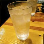 燈火 - レモンサワー  500円(税別)