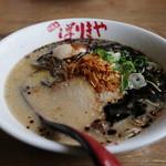 ばりきや - 料理写真:黒こてめん+半熟煮玉子