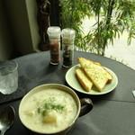 カフェ カッパー キャット - ベーコンポテトクリームスープ