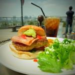 アンカーズ - LBGアボカドハンバーガー(税込み1200円)