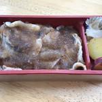 列車レストラン・清流 - やまと豚弁当