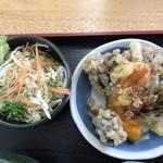 列車レストラン・清流 - 舞茸ごはん定食