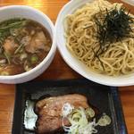 春の風 - つけ麺 ¥800 *変な甘さがない美味しい醤油つけ麺