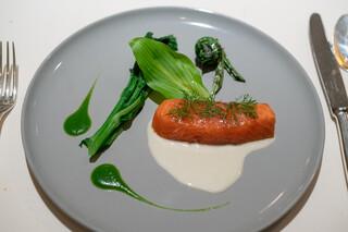 レストラン オオツ - 2019.4 丹後天然サクラマス低温調理 丹後天然コゴミ ウルイ 菜の花 白ワインソース