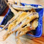 赤門屋 - 料理写真:きびなごの唐揚げ
