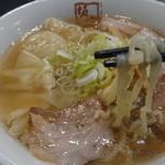 喜多方ラーメン 坂内 - 料理写真: