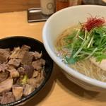 麺屋M - 料理写真:鱸そばとチャーシュー飯