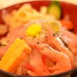106181365 - 海鮮丼アップ