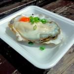 港の牡蠣センター カキ小屋 - 生牡蠣 ¥800