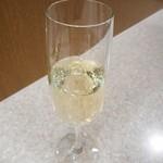 碑文谷バル - シャンパン