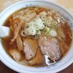 106184418 - 「ワンタン麺」(880円)です