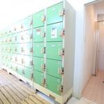 ビーチカフェテリア・ハイブルー - 綺麗な更衣室も完備