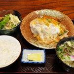 くまの里 - カツ皿定食