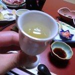 10620012 - こちらのごはんは必ず食前酒の梅酒を出すようです。