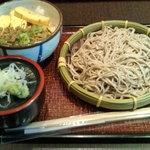 七福 弁天庵 - 鶏そぼろ丼とそばセット