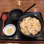 仁伊島 - 料理写真:ミニ木の葉丼400円!
