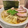 麦と麺助 - 料理写真:特製中華そば   チャーシューの食べ比べ楽しいですよ♫
