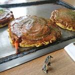 お好み焼八の里 - 料理写真: