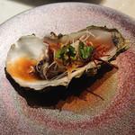 106215646 - 季節限定の牡蠣のメニュー(詳細忘れました)