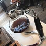 鐵屋+cafe - 酸味お強い珈琲