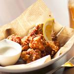 ダーツカフェ ウノ - 鶏の唐揚げ・マンマミーア
