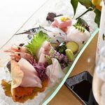 五葉 - 料理写真:◆漁師 市場直送魚介◆瀬戸内 魚介の宝庫「豊島」より 毎日新鮮な魚介類を直送