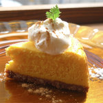 カフェ ケシパール - 日替りチーズケーキ 450円(鳴門金時のベイクド)