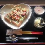 カフェ月星 - タコスオープントーストセット(500円税別)