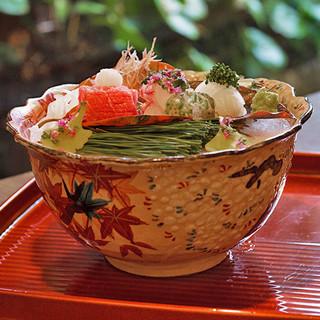 京都ならではの食材をふんだんに。祇園でつくる京の味を追求