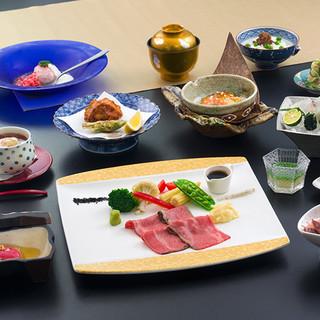 日本料理職人が仕立てるローストビーフの会席料理