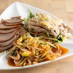 鴻元食坊 - 三種冷菜の盛り合わせ