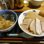 松戸中華そば 富田食堂 - 料理写真:濃厚特製つけ麺大盛
