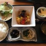 ぼっけもん - 鶏の黒酢炒め定食