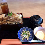106285660 - 牛すき焼き(ご飯大盛)