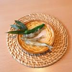 山梨ほうとう 浅間茶屋 - きれいなお魚ですネッ!