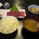 吉松亭 - 刺身定食(1180円)