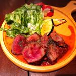 デザイナーズ個室 肉バル W - 国産牛のステーキ