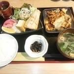 和牛と創作料理 神田 一期屋 - 写真3